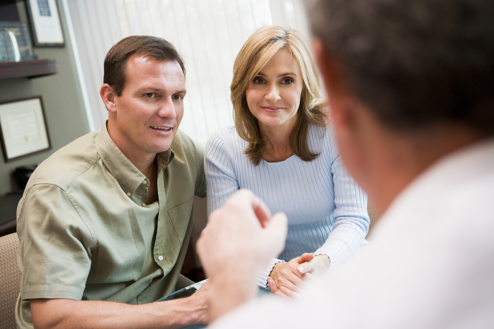 couples consultation with plastic surgeon